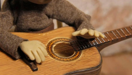 puppet, hands, dragonskin, violeta